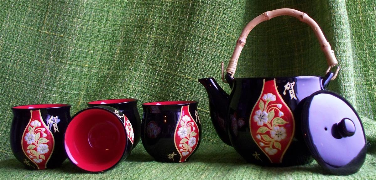 Čajová keramická souprava Lung Ma 600 ml
