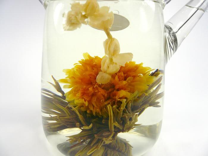 Něžná láska - kvetoucí čaj